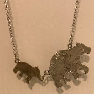 Mama Bear and Baby Bear Necklace.    NWOT